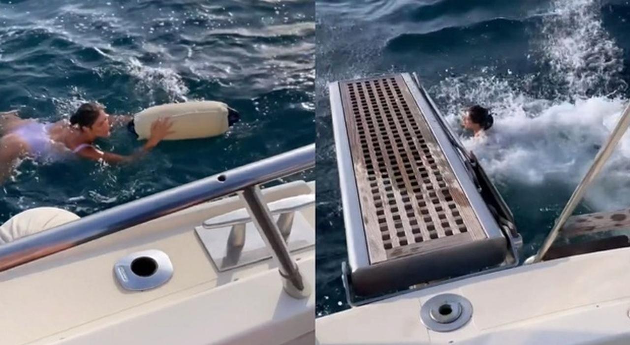 """Elisa Isoardi, """"incidente"""" al parabordo della barca al largo in Sardegna, poi il tuffo riparatore"""