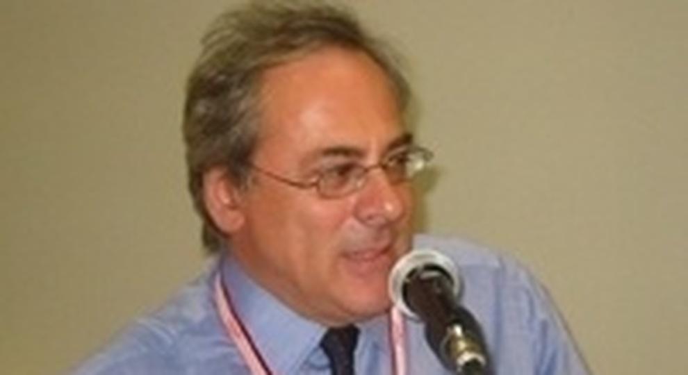Covid-19, l'esperto della Cattolica: «Patente di immunità? Questo virus mica è la rosolia, si può riprendere»
