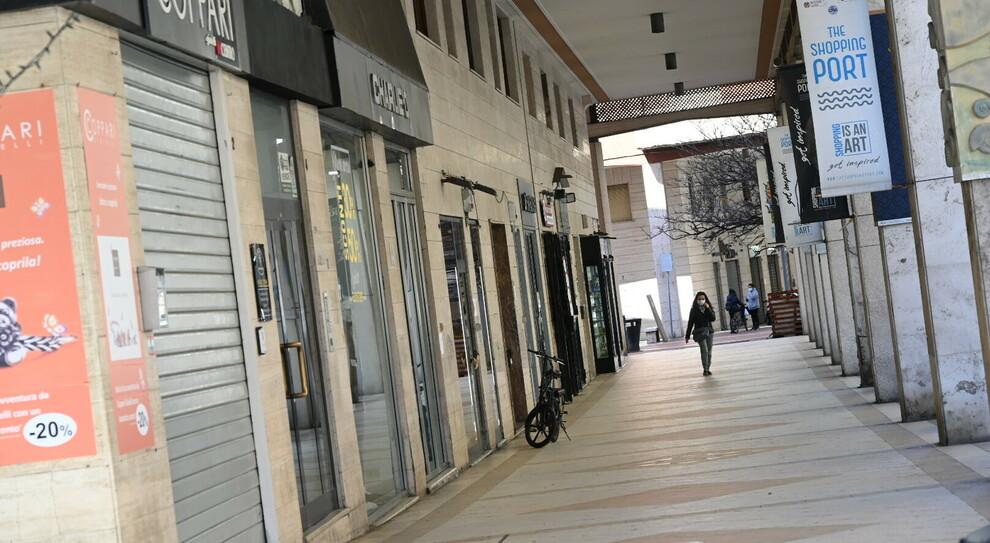 Roma, la crisi infinita dei negozi: altre 18mila chiusure