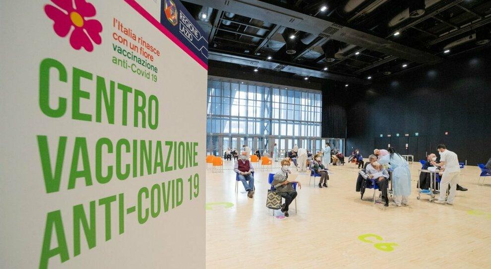 Vaccini nel Lazio, D'Amato: «Se non arrivano 122mila dosi di AstraZeneca entro 24 ore, costretti allo stop»