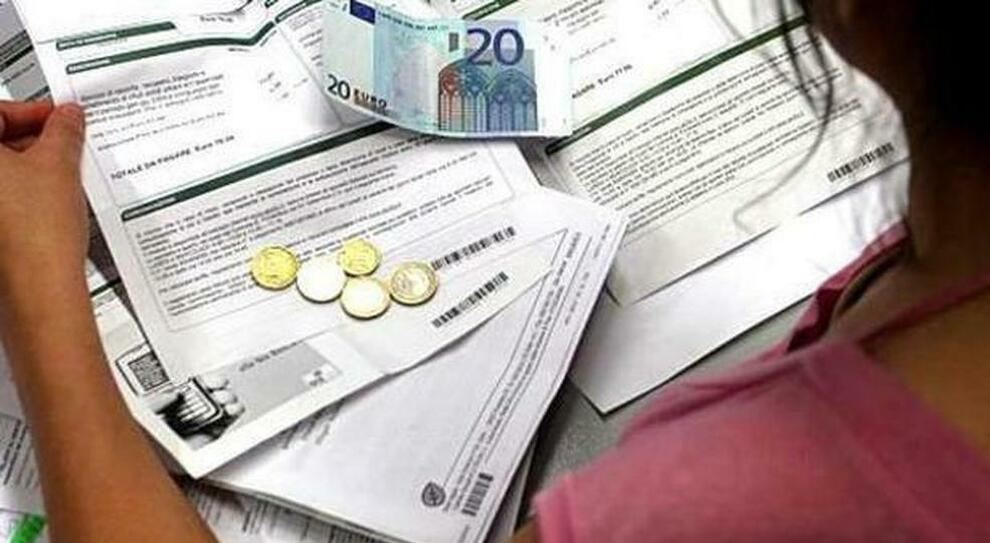 Bonus Bollette, si cambia per 2,6 milioni di famiglie (e basterà fare la dichiarazione Isee)