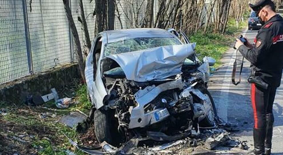 Roma, Sheena morta travolta da una volante. Il poliziotto finisce scortato: «Non riuscirò a perdonarmi»