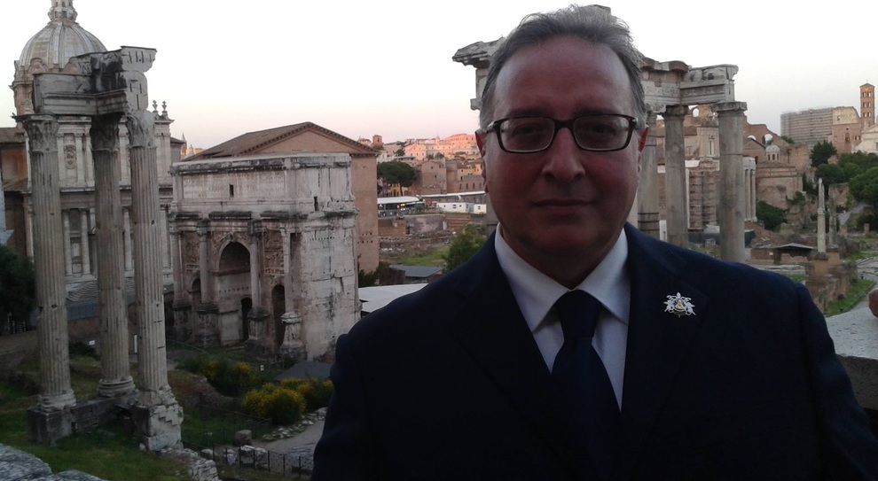 Covid, muore professore di 57 anni: è la seconda vittima del virus all'Itis