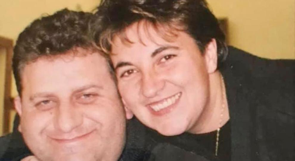 Loreta stroncata da un infarto a 54 anni, sei mesi fa la morte del marito. Lei non aveva superato il dolore