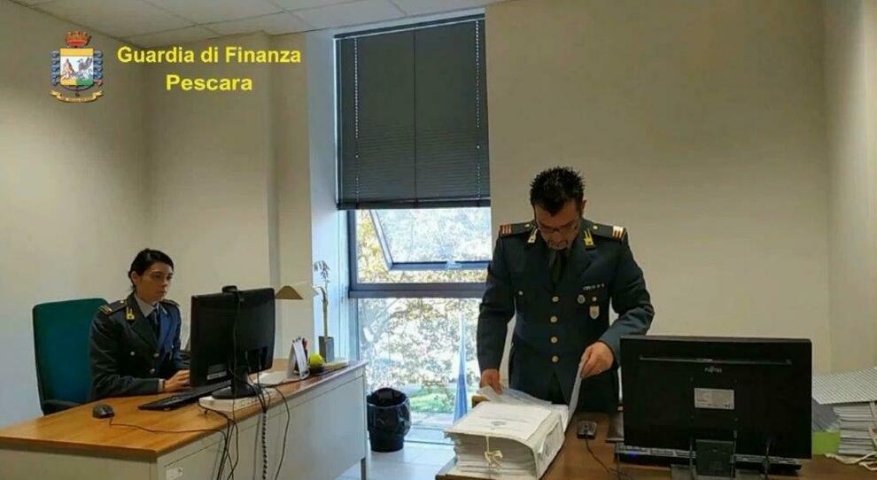 Reddito di cittadinanza, la Finanza denuncia 35 furbetti ad Avezzano