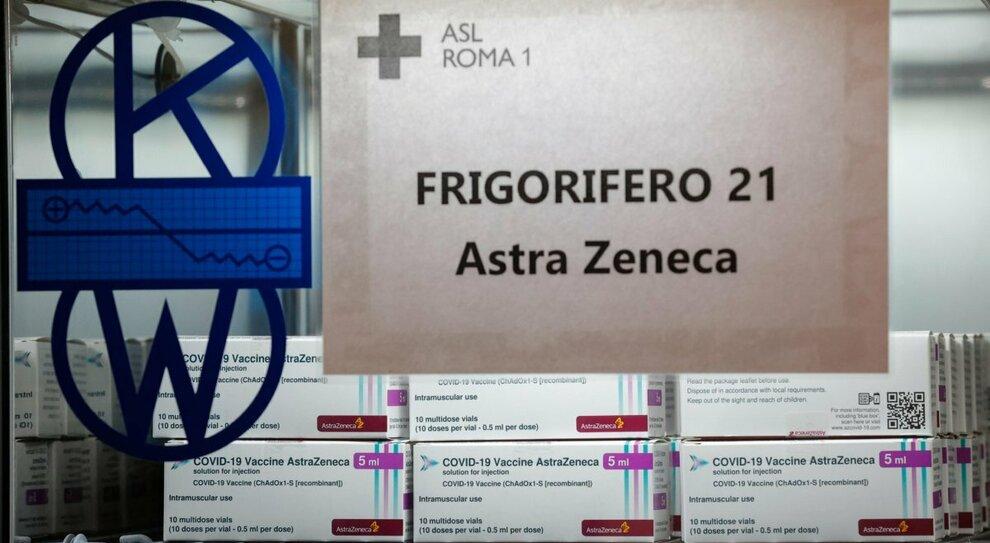 AstraZeneca, lettera esplosiva dell'Ue: «Londra favorita, danneggiati tutti i Paesi»