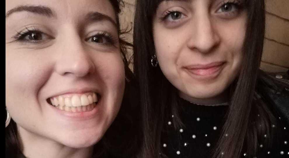 Coronavirus,Valentina e Giorgia tornano a casa: ora quarantena in mansarda