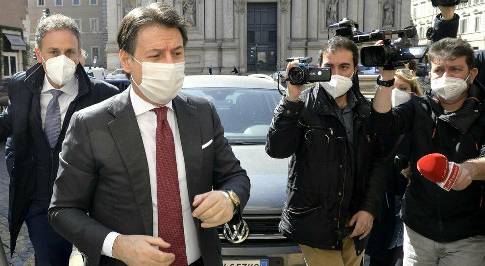 Conte, stasera il discorso per rifondare il M5S: ambientalismo, populismo buono, lotta alle correnti e campo progressista