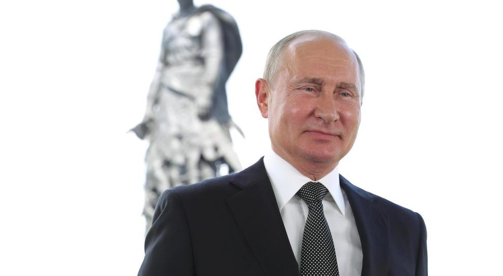 """Putin è """"per sempre"""": la Russia vota sì al referendum che lo terrà al potere fino al 2036"""