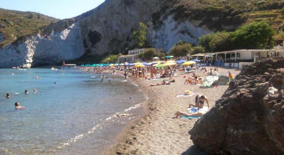 La spiaggia di Frontone