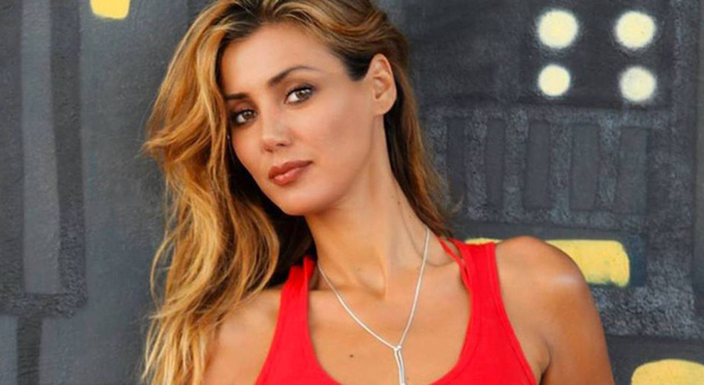 Daniela Martani: «Mai detto di essere no vax». Bufera in studio a Domenica Live, Barbara D'Urso interviene così