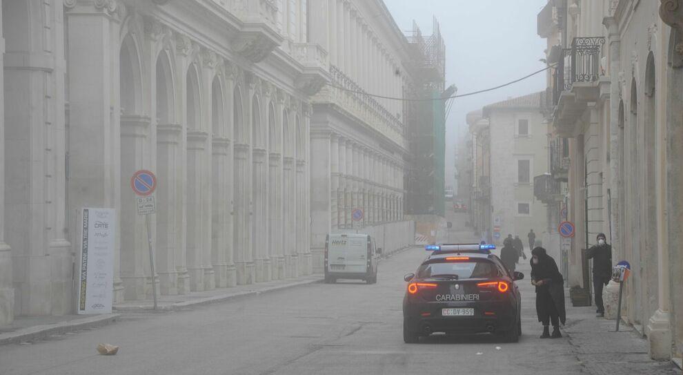 Covid, L'Aquila teme di diventare la nuova Bergamo. «Stiamo vivendo un secondo terremoto»