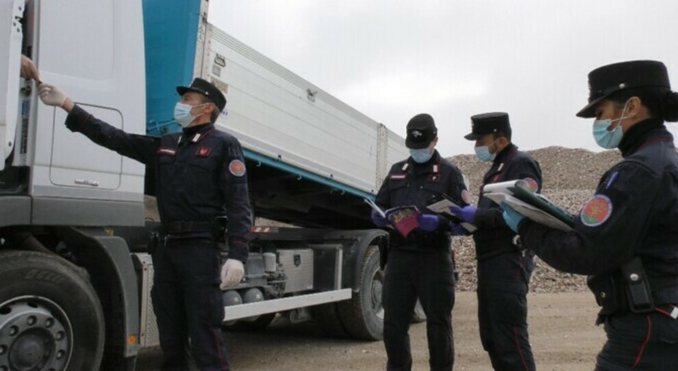 controlli camion rifiuti