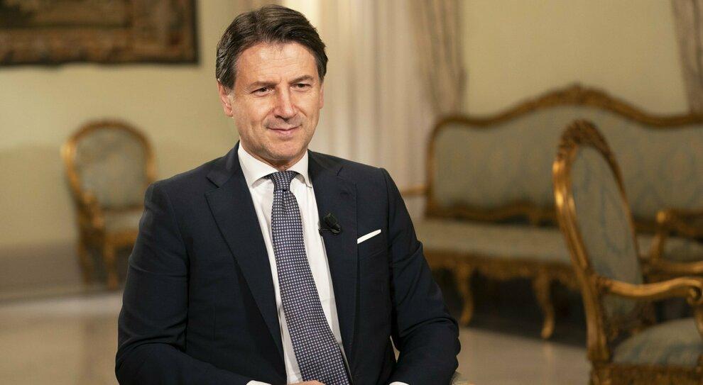 Spostamenti e cenone, una vigilia di sì, no, forse: l Italia in attesa di Conte