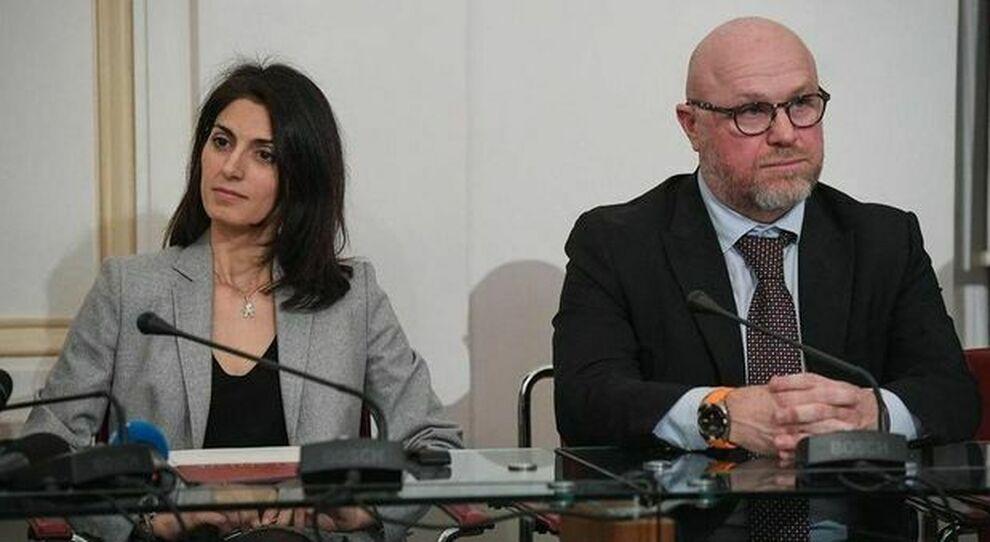Virginia Raggi, sindaca di Roma, con Filippo Nogarin, ex sindaco di Livorno, ora assunto in Campidoglio a tempo determinato