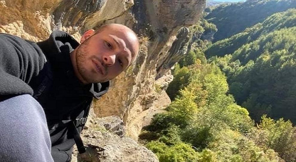 Abruzzo choc, cuoco vastese di 30 anni trovato morto a Berlino. Giallo sulle cause