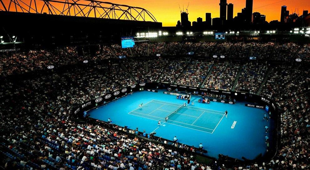 Covid, in Australia in 4.000 sugli spalti per gli Open di tennis: «Quasi tutti senza mascherina»
