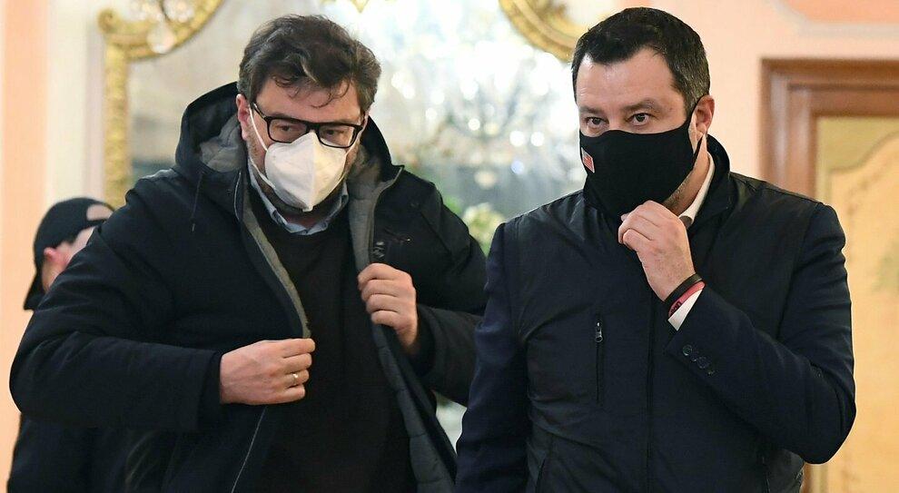 Salvini: «Ma quale svolta, la mia è solo concretezza». Quattro forzisti verso Toti