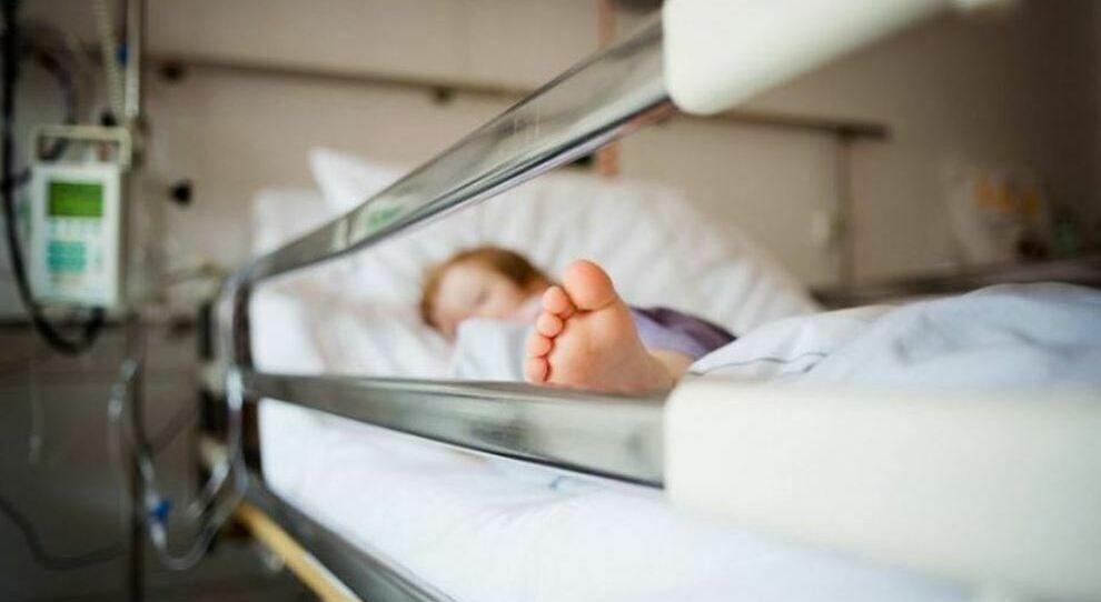 Covid, bambino di 2 anni colpito da virus e polmonite batterica: ricoverato in ospedale a Treviso