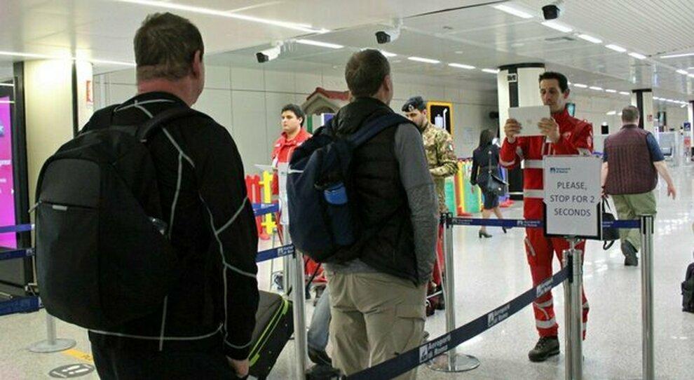 Fiumicino, in arrivo nuovi voli dall'India: «Servono Covid-hotel»