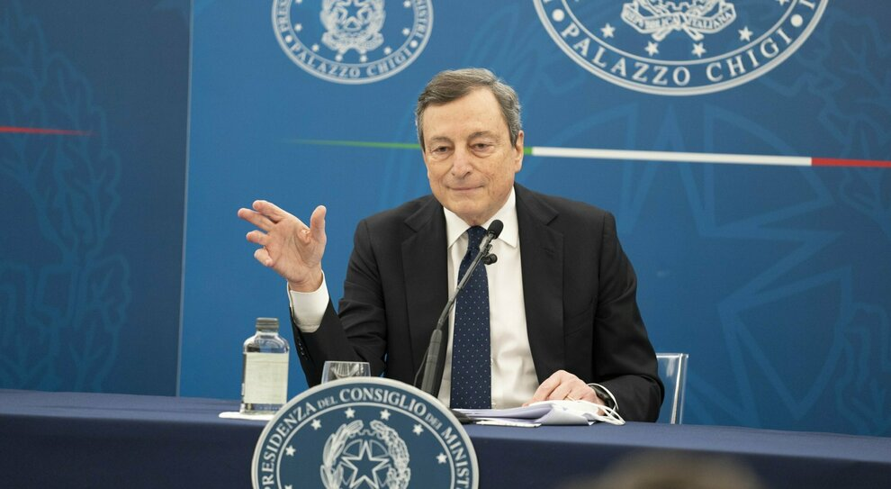 Decreto Sostegni, Draghi: «Subito 11 miliardi per l'economia»