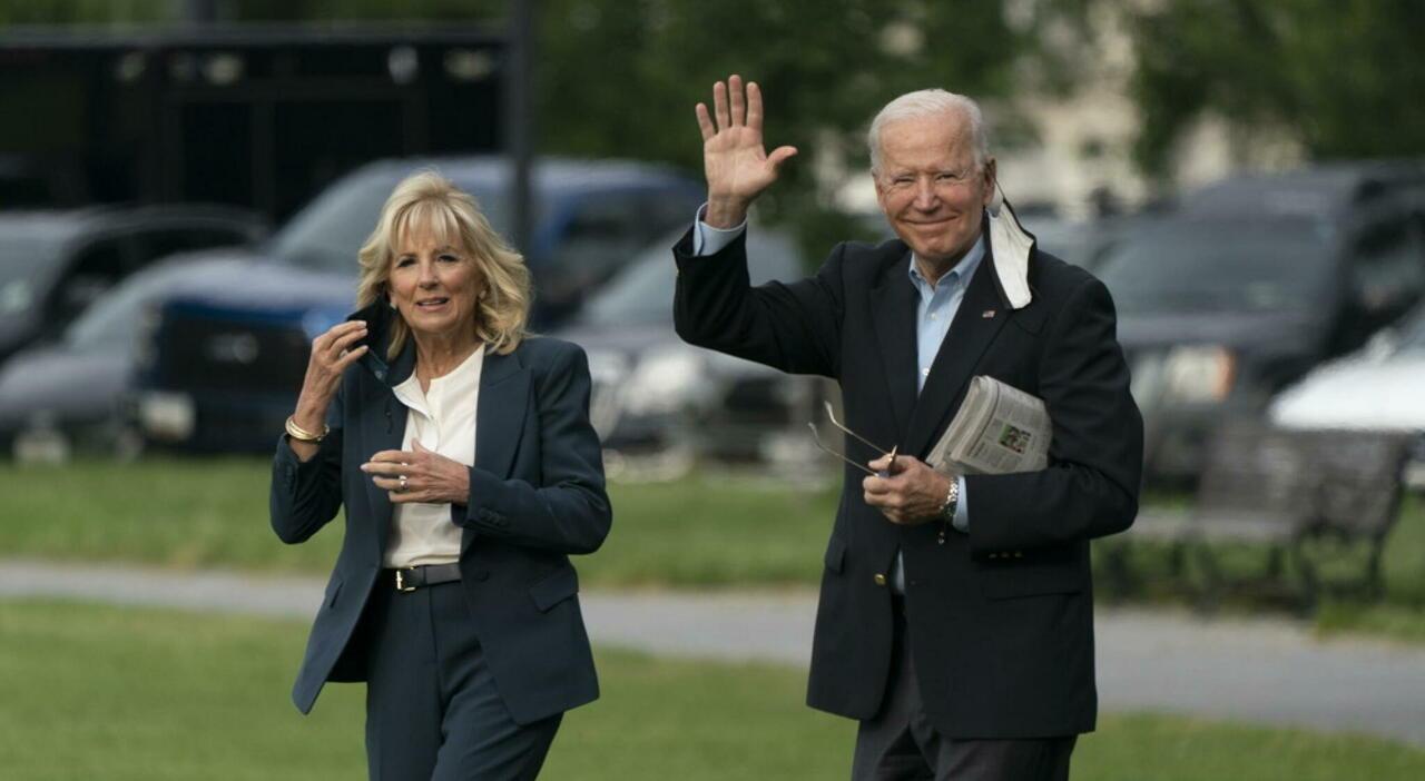 Biden sbarca in Europa, la svolta sui vaccini: «Un piano per il mondo»