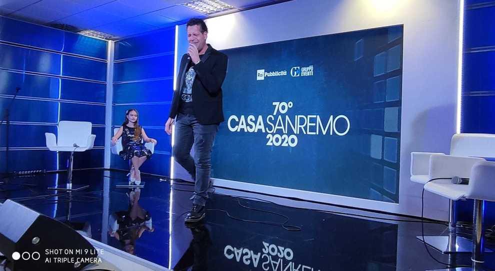 """Max Petronilli al PalaFiori durante """"Casa Sanremo"""""""