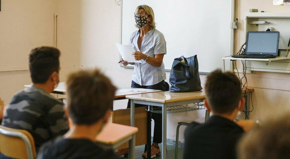 Covid a Roma, via ai test a scuola per evitare le chiusure: ecco il piano della Regione Lazio