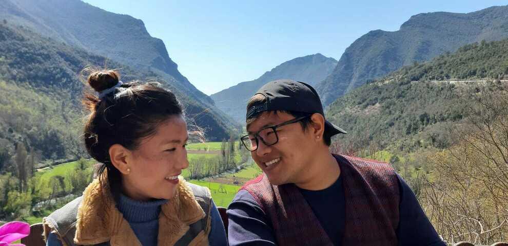 Terni, Tashi e Yeshi, i tibetani che hanno scelto la Valnerina: «Ci sposiamo a Ferentillo»