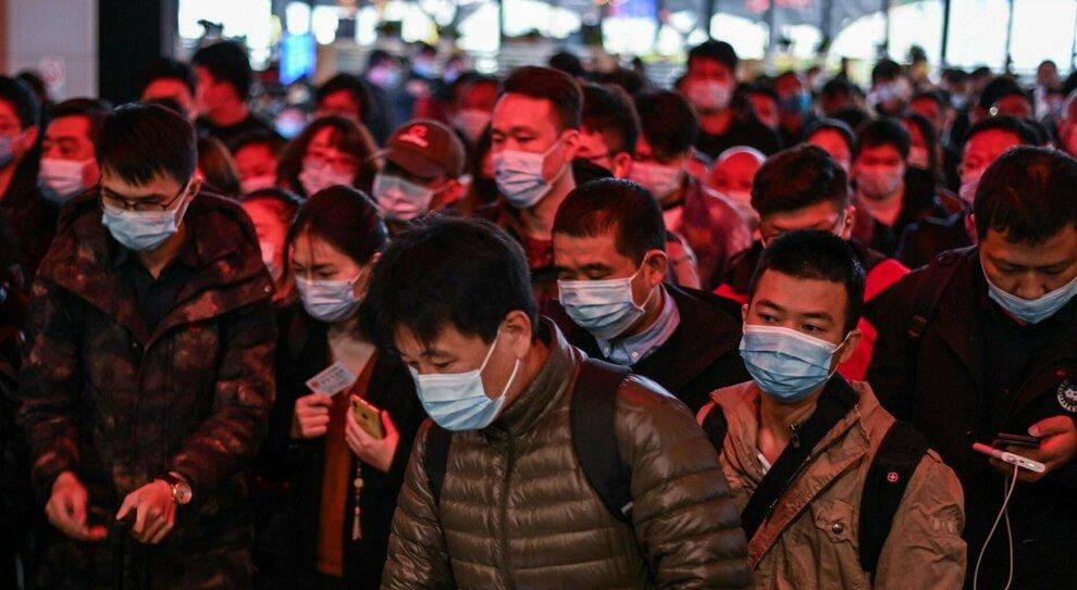 Covid, studio del San Raffaele: «Età, vecchie epidemie e accettazione delle distanze: ecco perché l'Asia ha molti meno morti dell'Europa»