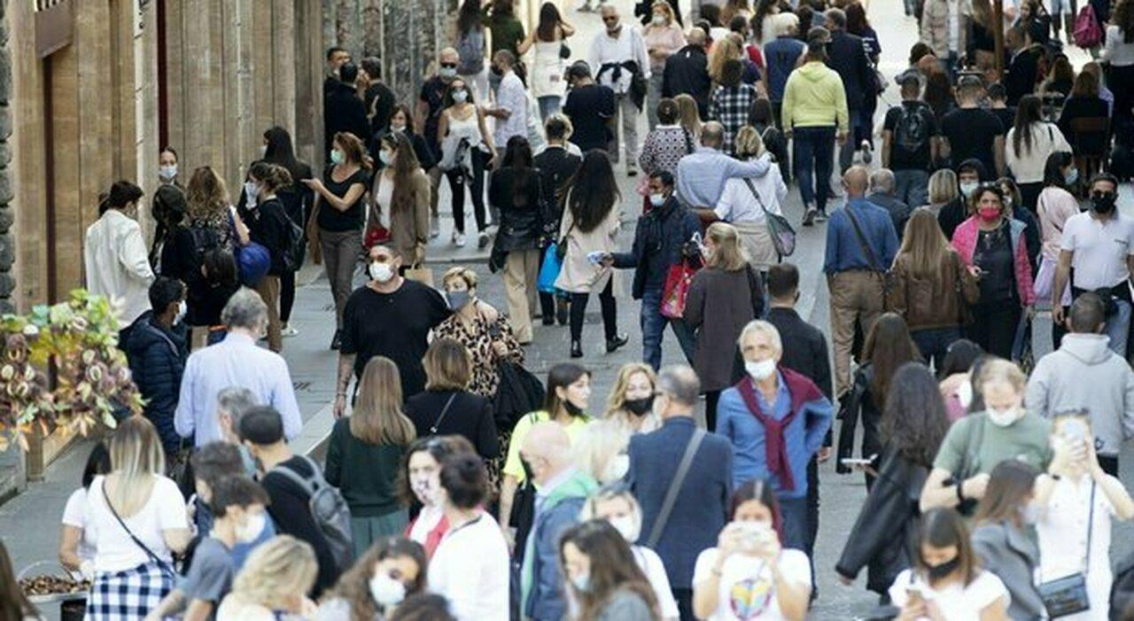 Variante Delta in Italia, il ministero della Salute: «Più vaccini e tracciamenti o aumenteranno i morti»