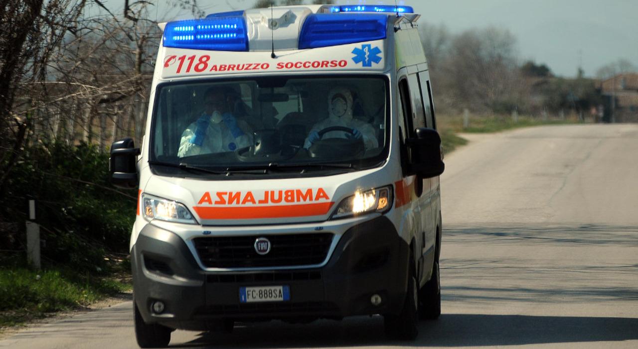 Un'ambulanza del 118 in Abruzzo