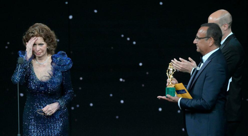 """David a """"Volevo nascondermi"""" di Giorgio Diritti. Sophia Loren ed Elio Germano migliori attori"""
