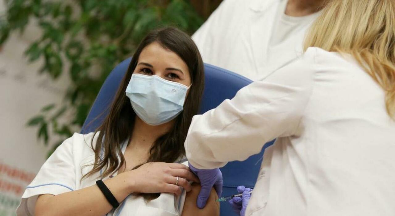 Vaccini nel Lazio, i pediatri si tirano indietro. Li farà la Regione
