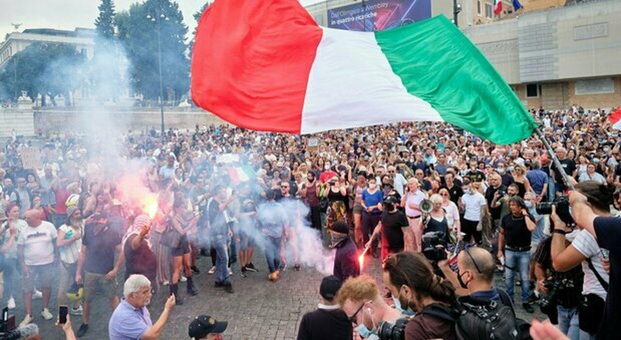 Roma, dal G20 ai no-vax : il Centro si blinda per il rischio scontri