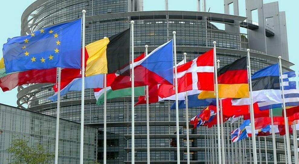 Debito, fisco, pensioni, lavoro e giustizia: ecco le riforme che l Europa ci chiede