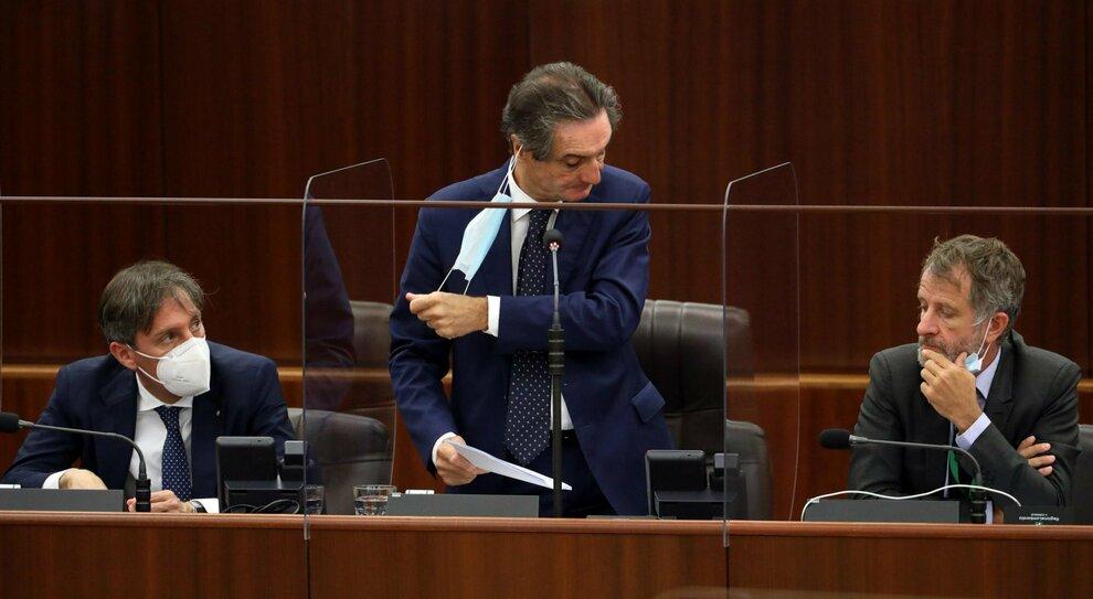 Fontana, primi dubbi nella Lega e tra gli alleati: «Attilio avrebbe dovuto spiegare di più»
