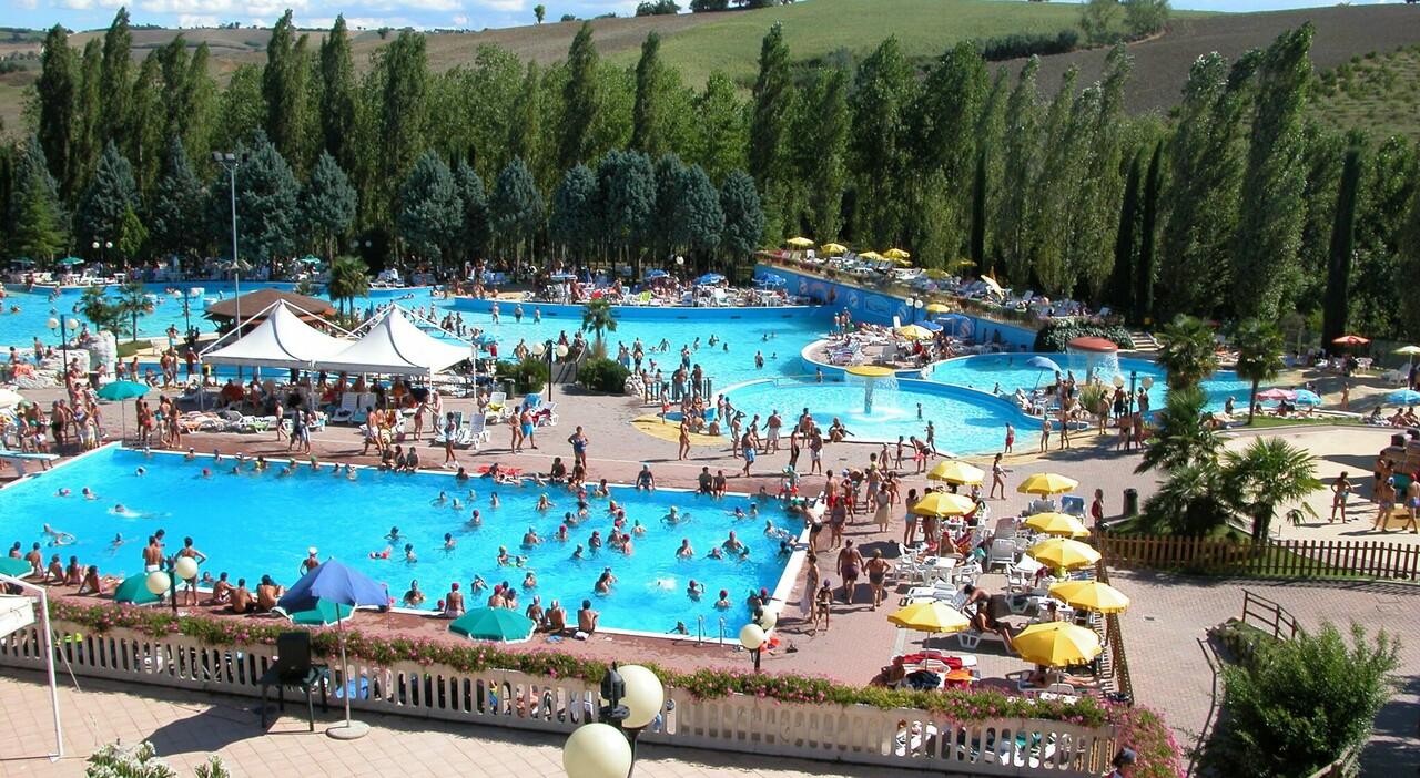 Sostegni bis, tamponi gratis, proroga del superbonus 110% e buono di 300 per piscina o palestra