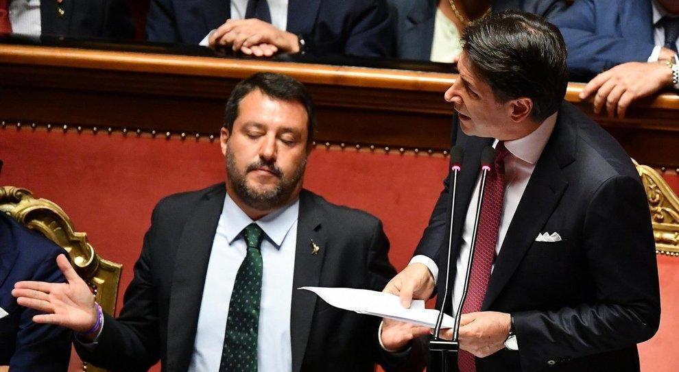 Matteo Salvini e la strategia contro Conte: c'è la mano del leader dietro le mosse di Fontana