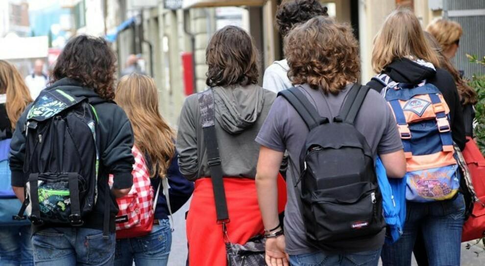 Liceo Righi, studente positivo al Covid: tutta la classe e i docenti in quarantena