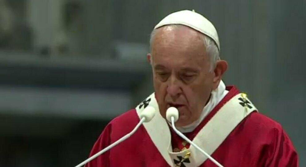 Papa Francesco cambia regole al Sinodo che diventa più democratico e movimentista e parte dal basso