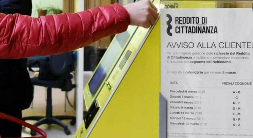 Reddito di cittadinanza, si cambia: chi trova lavoro mantiene il diritto per altri sei mesi