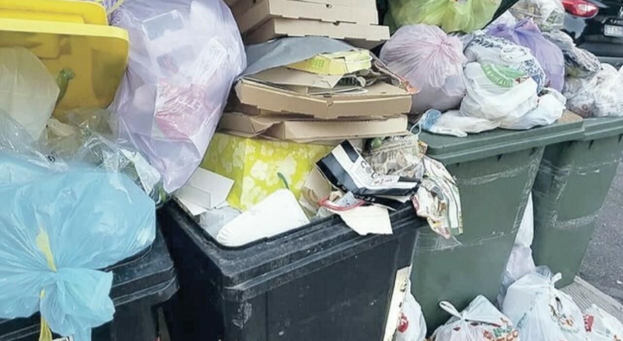 Roma, a Settebagni il flop dei rifiuti porta a porta . E l'Ama rimette i cassonetti