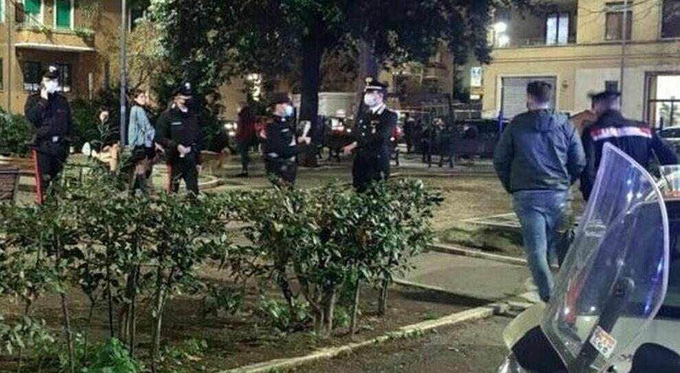 Party abusivo a Pasquetta, intervengono i carabinieri e scoprono che l'organizzatore era positivo al Covid