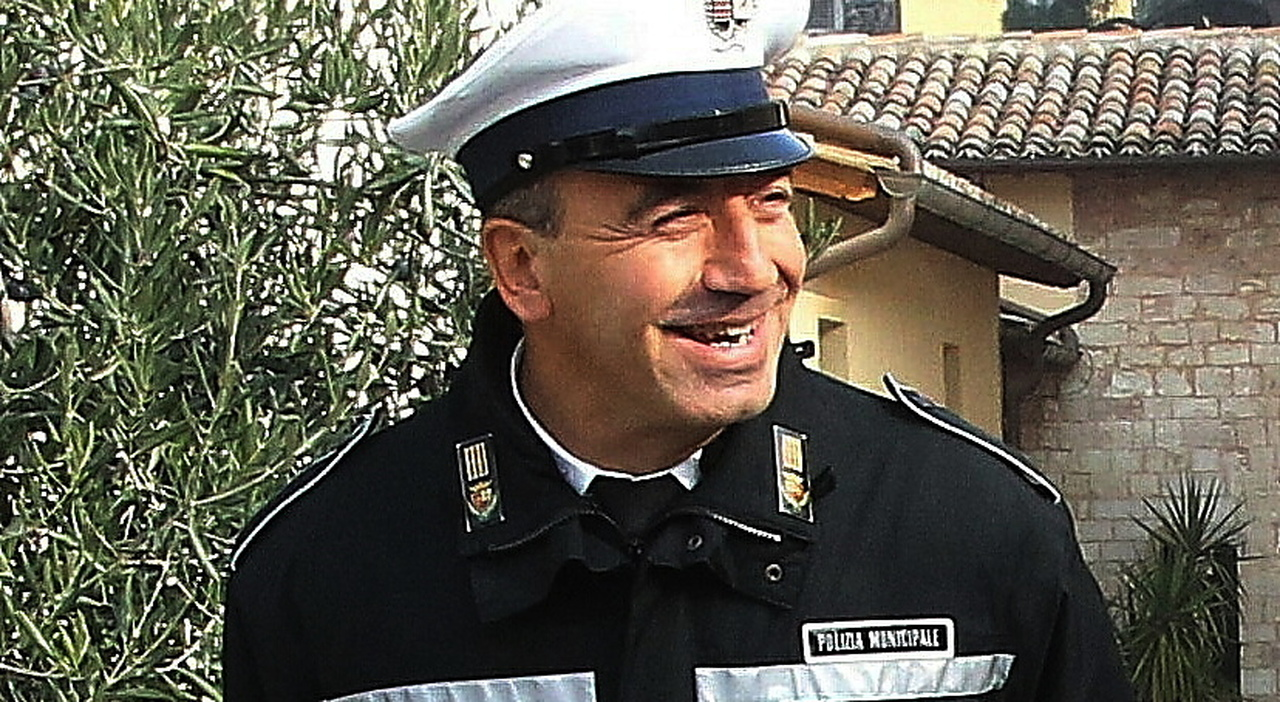 Marco Federici, l'agente-eroe della polizia municipale di Foligno