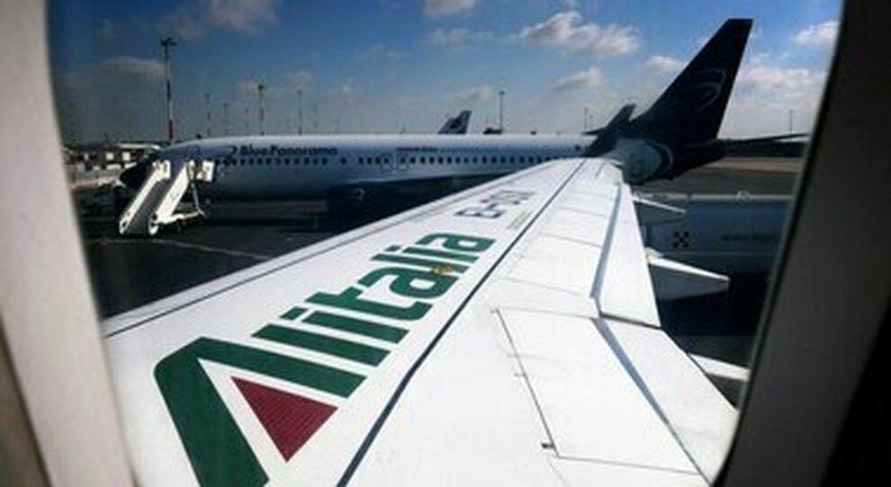 Alitalia, a Leonardo la manutenzione e alle Poste i cargo