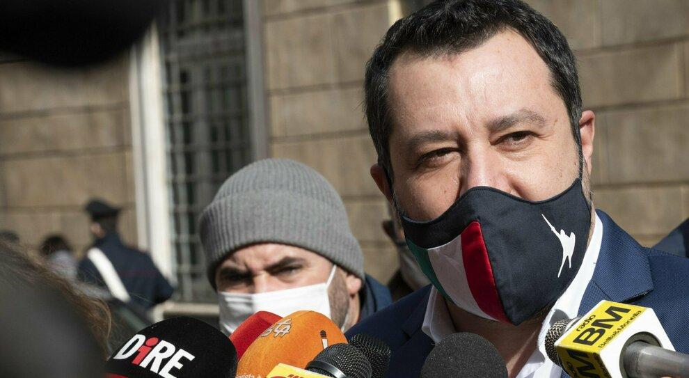 Salvini torna in trincea: attacco a Sanità e Viminale