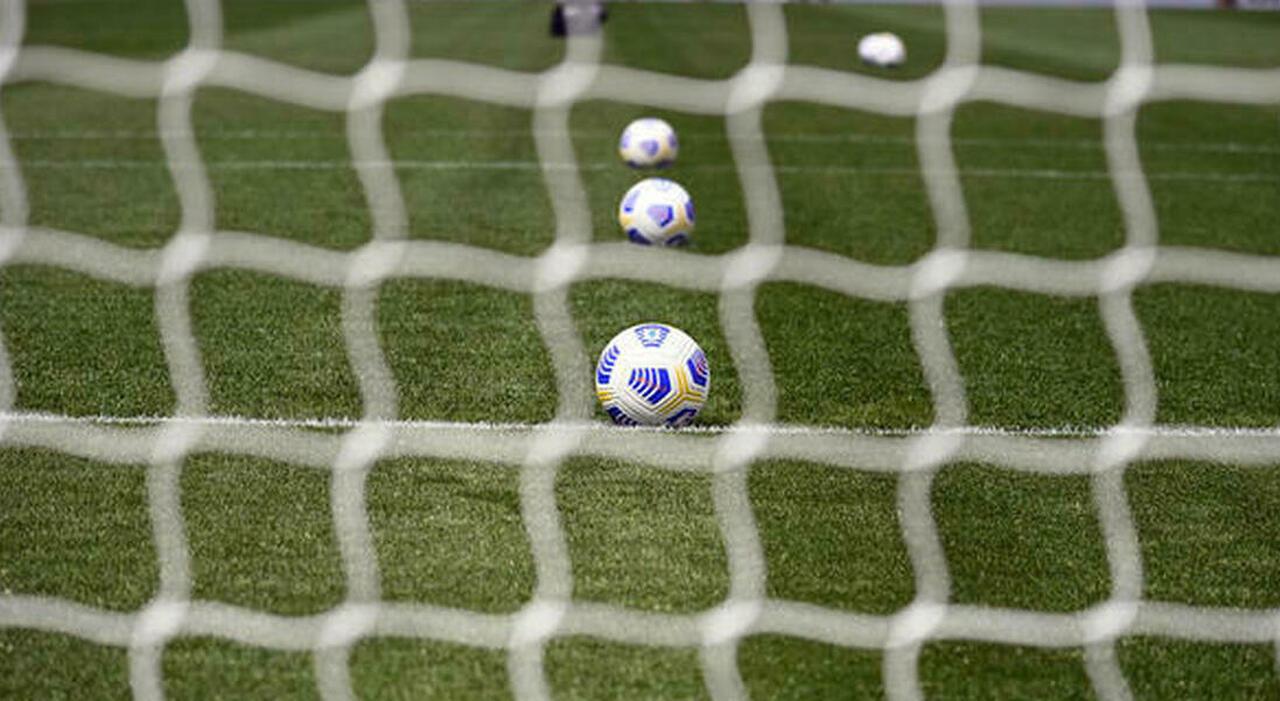 «Tratta dei minorenni». Il calcio torna sotto accusa: stangata Fifa sullo Spezia