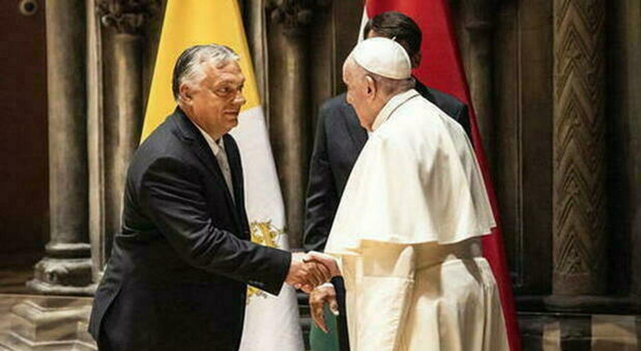 Il Papa a Orban: «Il matrimonio è solo tra un uomo e una donna, punto e basta»