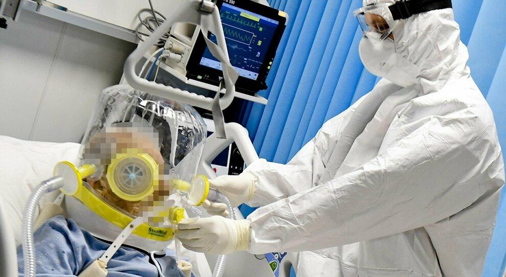 Covid, farmaco Exo-Cd24 guarisce i pazienti dal virus in cinque giorni: «Efficace al 96%»
